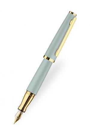 Otto Hutt Design 06 Duck Egg Fountain Pen